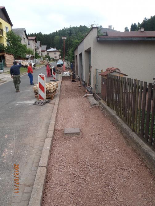 Rekonstrukce chodníku v ulici Rtyňka