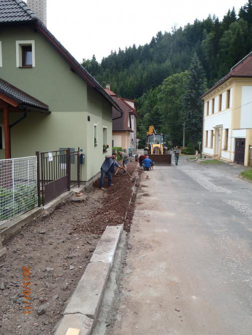 Rekonstrukce chodníku v ulici Zákopanka